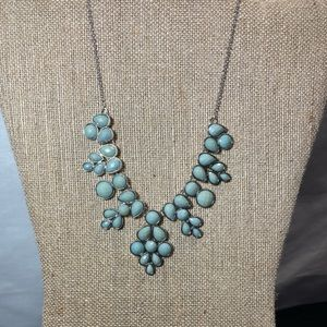 NWOT Silver turquoise stone statement necklace